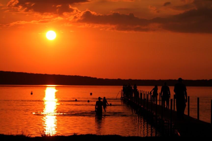 sunset picnic lake_25